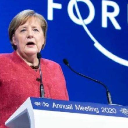 Merkel sugere 'lockdown' na Alemanha até abril