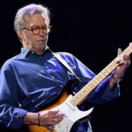 Eric Clapton admite ter sido excluído por ser contra vacinas
