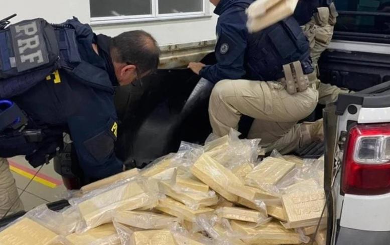 Polícia Rodoviária apreende 100kg de pasta base de cocaína no RJ