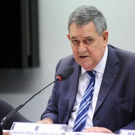 MP de SP denuncia vereador que chamou ex-prefeito Celso Pitta de 'negro de alma branca' por racismo