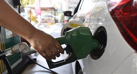 Gasolina e gás de cozinha ficam mais caros a partir deste sábado